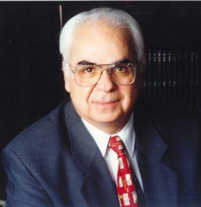 Νίκος Εμμ. Σκουλάς τ. Μέλος του Εθνικού Συμβουλίου του ΠΑΚ τ. Μέλος και Γραμματέας της Επιτροπής συγγραφής της Διακήρυξης       της    3ης του Σεπτέμβρη τ. Υπουργός τ. Γ. Γ. ΕΟΤ τ. Πρόεδρος και Γενικός Διευθυντής Επιχειρήσεων και Οργανισμών Συγγραφέας - Μέλος του Εργαστηρίου Επιμόρφωσης του Κινήματος Δημοκρατών Σοσιαλιστών, Συνταξιούχος και Ενεργός Πολίτης